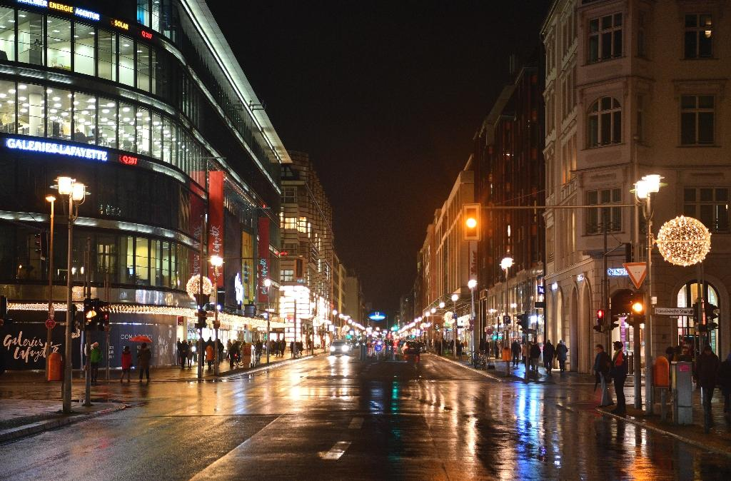 Berlin could shut out diesel drivers from major arterial roads next year, after a court Tuesday ordered the German capital to follow in the footsteps of Hamburg, Frankfurt and Stuttgart with exclusion zones.  A renewed focus on air quality in the wake of Volkswagen's 2015 'dieselgate' scandal -- in which the car giant admitted to cheating regulatory tests on 11 million cars worldwide -- has seen a wave of courtroom action across Germany.