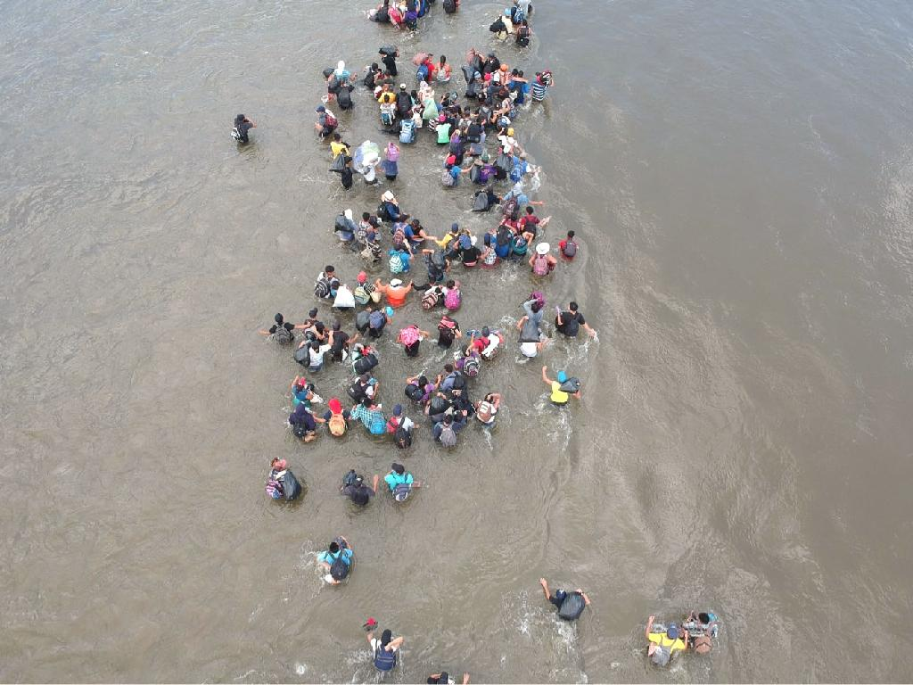 A seven-year-old Guatemalan girl died in American custody after being detained by US border police in New Mexico, The Washington Post reported on Thursday.  The girl who illegally crossed the border from Mexico along with her father and dozens of others died last week of 'dehydration and shock,' the newspaper reported, citing US Customs and Border Protection.  The father is in El Paso, Texas awaiting a meeting with Guatemalan consular officials, the Post said, quoting CBP, which said it is investigating the incident.