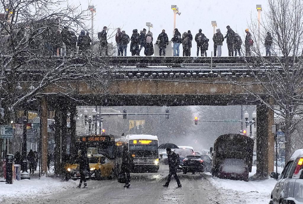 MINNEAPOLIS (AP) — The Latest on a major snowstorm and frigid weather in the Midwest (all times local):