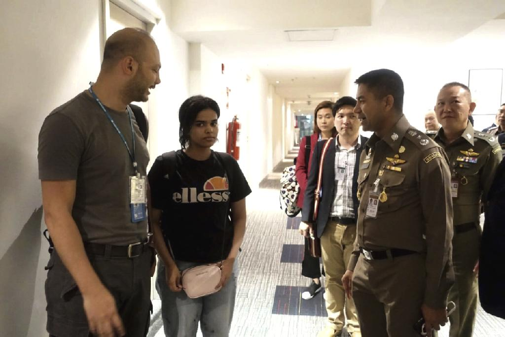 BANGKOK (AP) — Thailand's immigration police chief met Tuesday with officials from the Saudi Embassy in Bangkok, as Saudi Arabia tried to distance itself from accusations that it attempted to block a young woman's effort to flee from her family and seek asylum abroad.