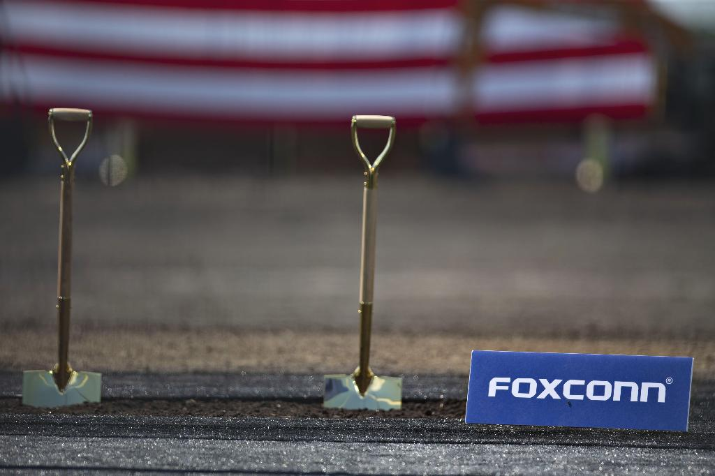 There are no plans to scrap the facility but the company is considering what liquid-crystal display technology is best suited for the $10 billion plant, Louis Woo, special assistant to Chairman Terry Gou, said on Wednesday.  Foxconn and U.S. President Donald Trump unveiled the Wisconsin project with much fanfare in 2017 as the Taiwanese company extracted a raft of incentives from the state, although some were forfeited last year after falling short of hiring goals.