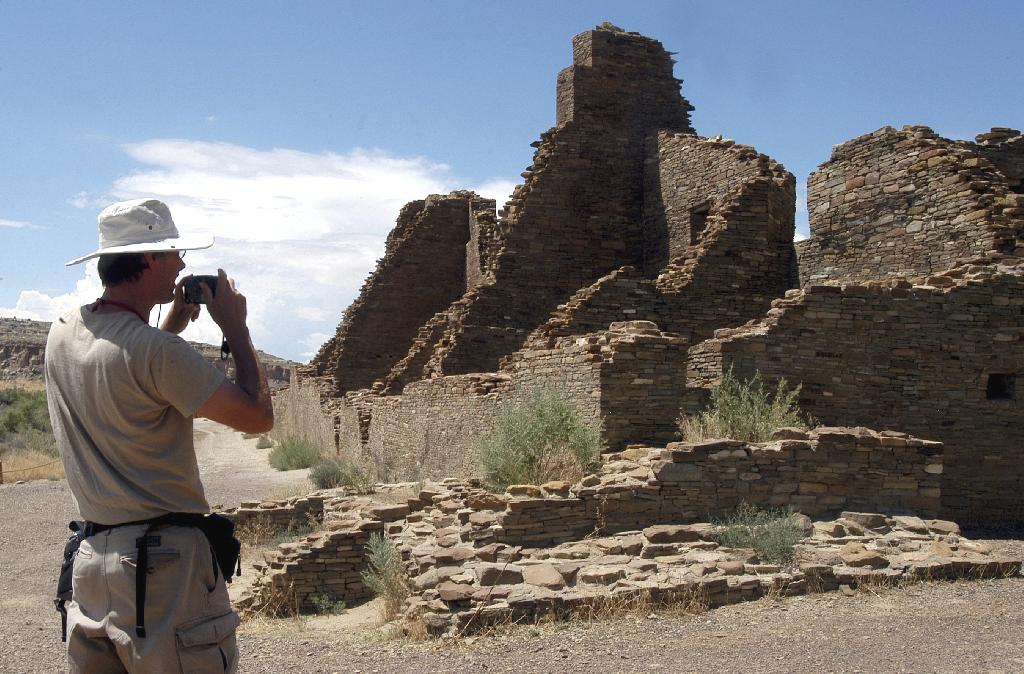 ALBUQUERQUE, N.M. (AP) — U.S. land managers will move forward in March with the sale of oil and gas leases that include land near Chaco Culture National Historical Park and other sites sacred to Native American tribes.