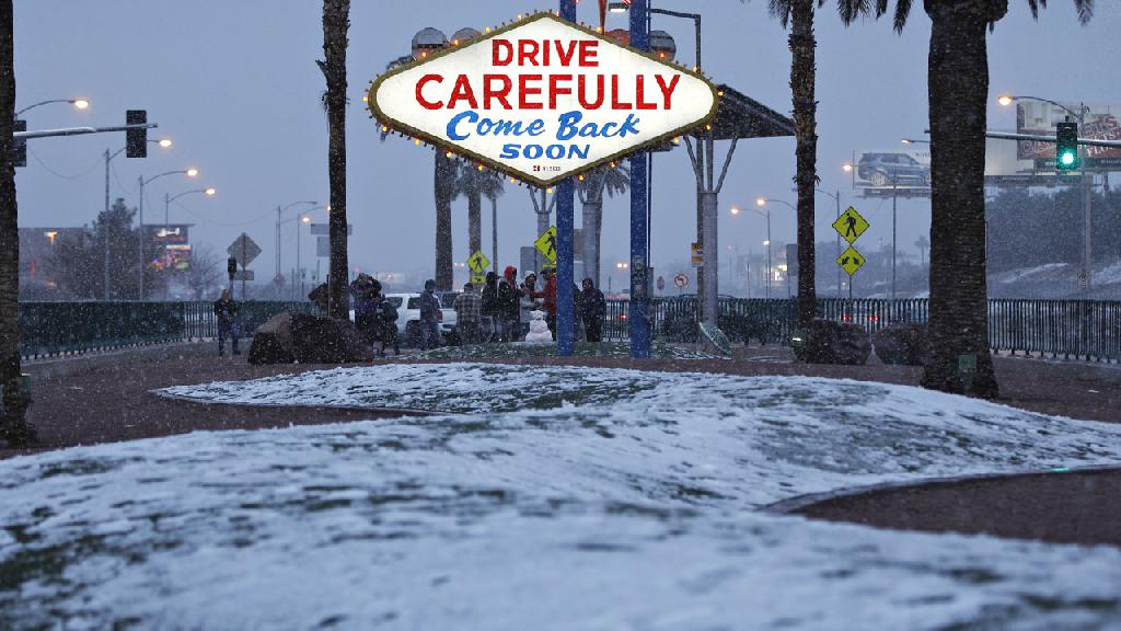 Snow made another rare appearance in Las Vegas, and Sin City is expected to get at least 3 inches of the powder.