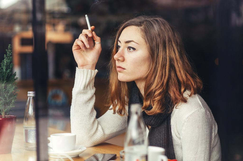 New UK research has found that patients with melanoma -- one of the deadliest forms of skin cancer -- may be less likely to survive if they also have a long history of smoking.  The findings, published in the journal Cancer Research, showed that there was an association between smoking and a patient's chance of survival from melanoma.