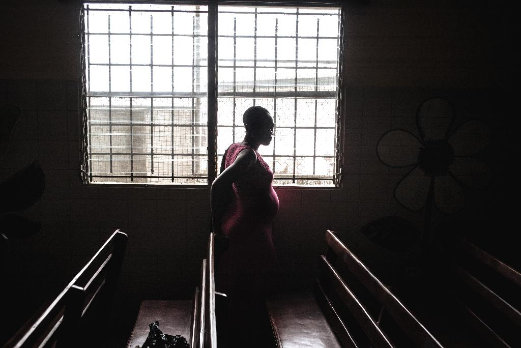The death rate among women undergoing a C-section to deliver a baby is about 50 times higher in Africa than in most wealthy nations, researchers said Friday.  One in 200 women perished during or soon after a caesarean in a sampling of nearly 3,700 births across 22 African countries, they reported in The Lancet Global Health.  Death rates related to C-sections are roughly the same across most developed countries.