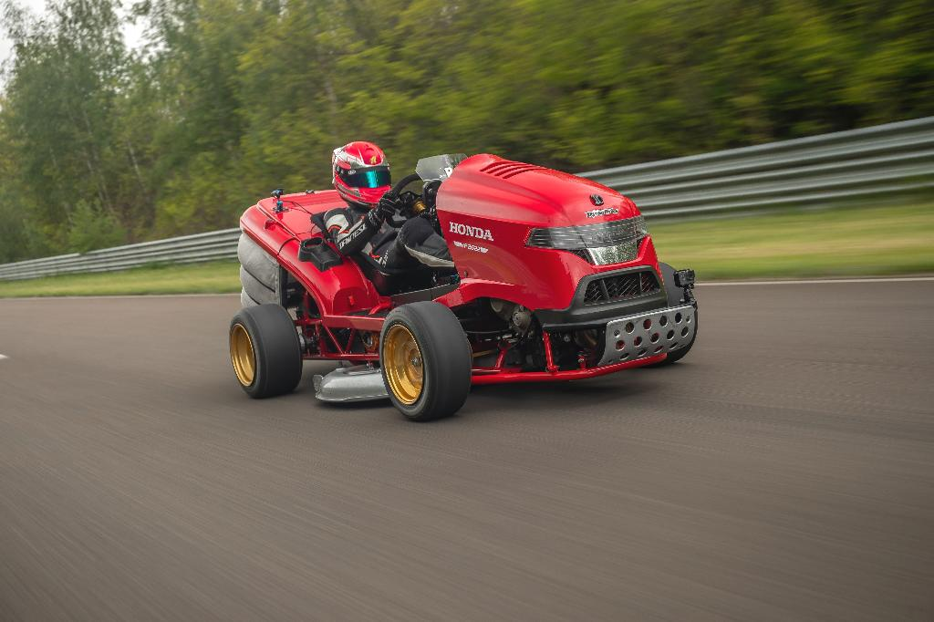 It only took Honda's Mean Mower V2 6.29 seconds to go from zero to 100 and beat the Guinness World Record for the fastest acceleration of a lawn mower.