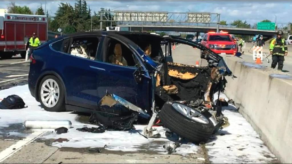 An Apple engineer who died when his Tesla Model X hit a concrete barrier on a Silicon Valley freeway had complained before his death that the SUV's Autopilot system would malfunction in the area where the crash happened.