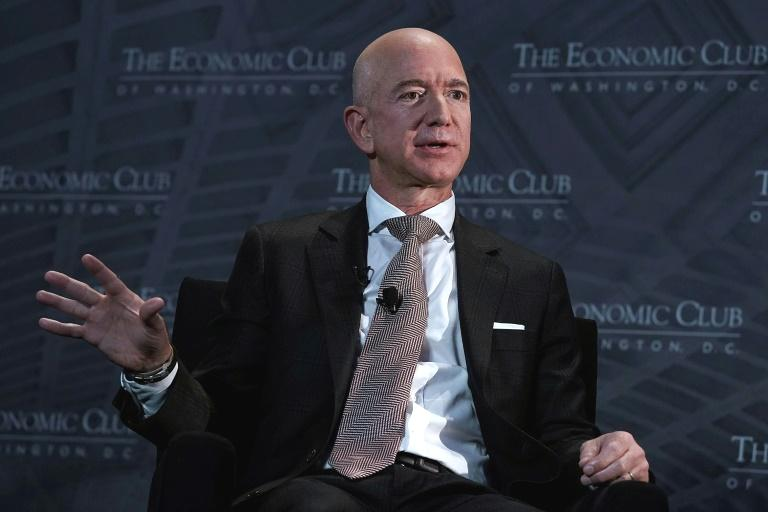 "Jeff Bezos, fundador da Amazon e proprietário do jornal The Washington Post, alertou na quinta-feira que os ataques do presidente Donald Trump contra a imprensa são ""perigosos""."