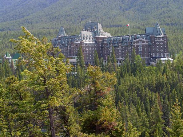 photo_big_the-fairmont-banff-springs.jpg